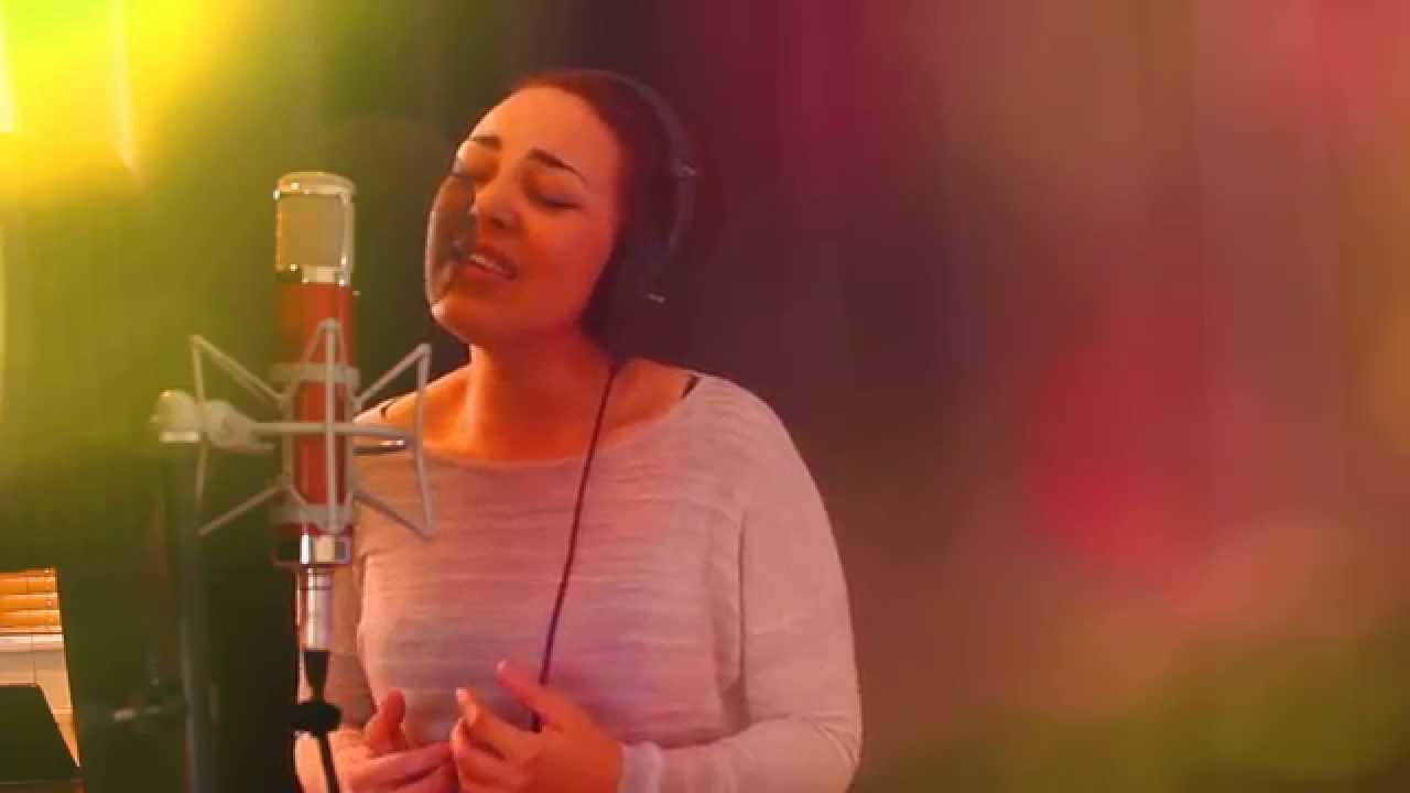 """""""I'm a Believer"""" performed by Karizma Duo"""
