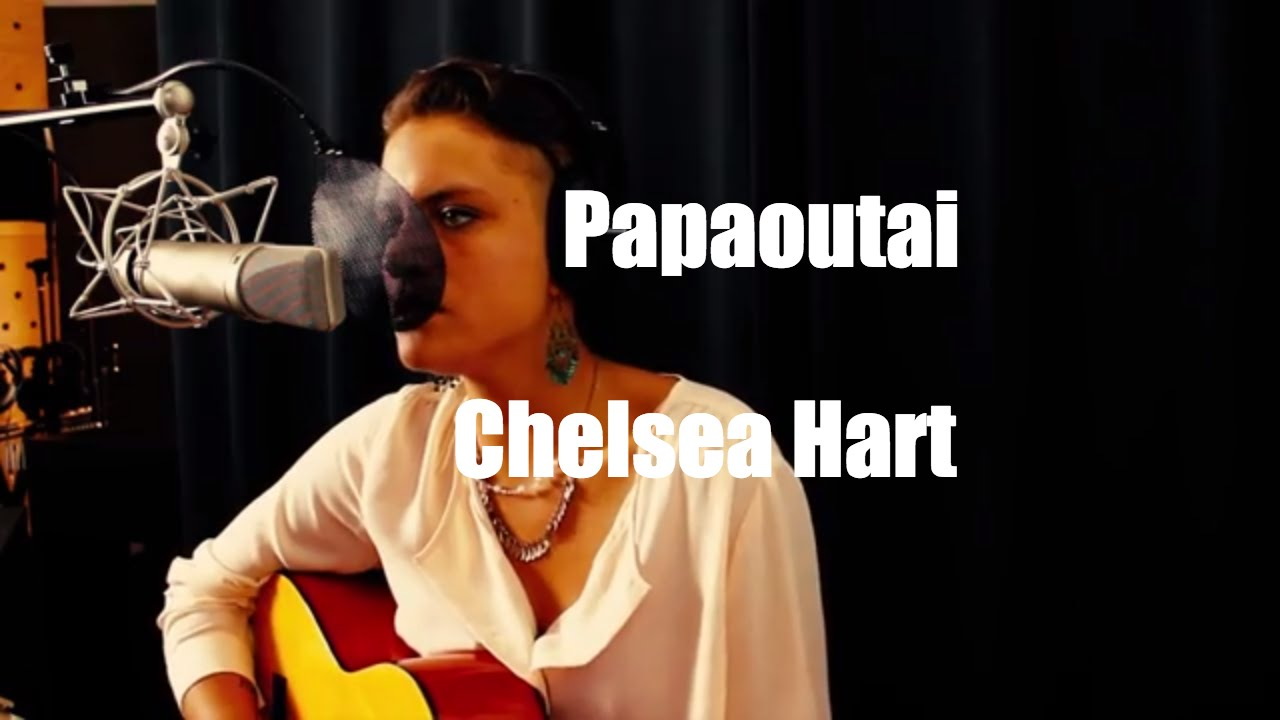 Papaoutai cover by Chelsea Hart